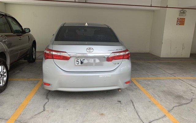 Bán Toyota Corolla Altis sản xuất 2017, nhập khẩu còn mới3