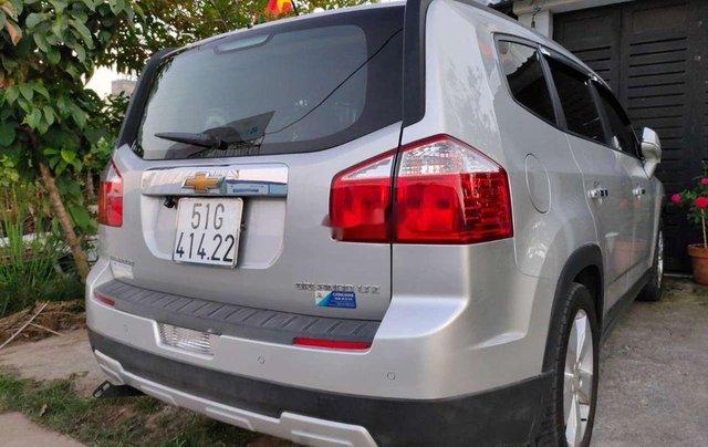 Bán Chevrolet Orlando năm 2017, màu bạc chính chủ 0