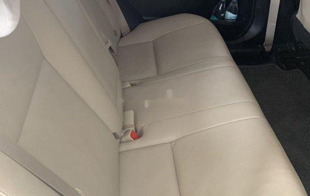 Bán Toyota Corolla Altis sản xuất 2017, nhập khẩu còn mới8