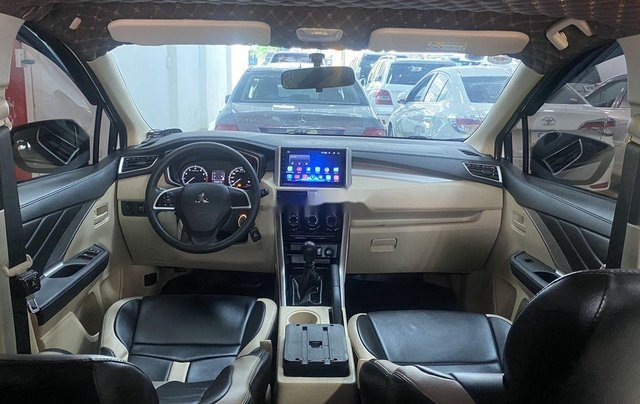 Bán Mitsubishi Xpander năm 2019, xe còn mới4