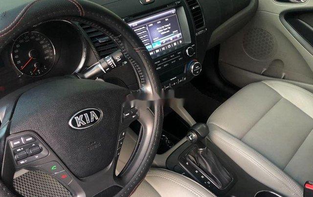 Bán Kia K3 sản xuất năm 2016, màu đỏ xe gia đình5