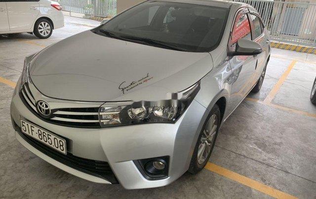Bán Toyota Corolla Altis sản xuất 2017, nhập khẩu còn mới2