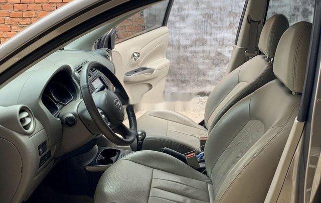 Bán xe Nissan Sunny đời 2014, màu xám còn mới3