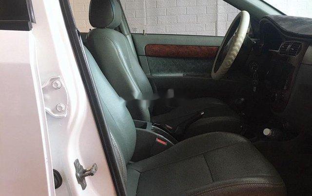 Cần bán xe Daewoo Lacetti năm 2011 còn mới4