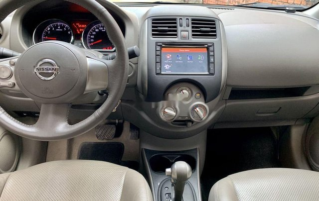 Bán xe Nissan Sunny đời 2014, màu xám còn mới11