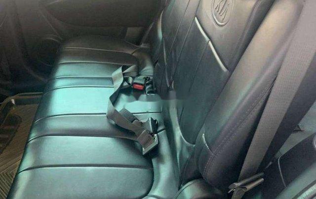 Cần bán Kia Carens sản xuất năm 2011 còn mới4