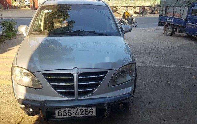 Cần bán lại xe Ssangyong Stavic đời 2007, màu bạc, nhập khẩu còn mới0