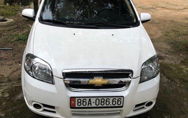 Cần bán lại xe Chevrolet Aveo năm sản xuất 2009, màu trắng, giá chỉ 160 triệu0