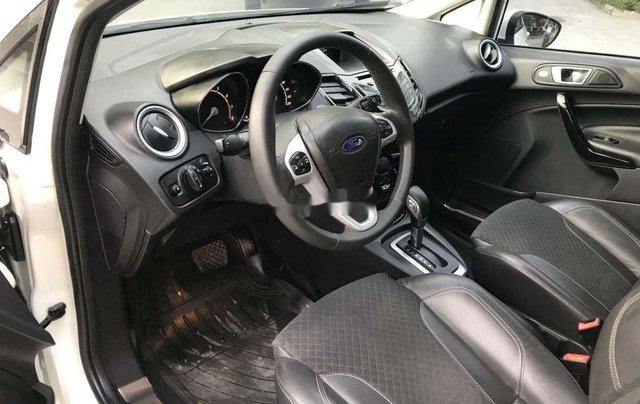 Bán Ford Fiesta sản xuất năm 2016, màu trắng còn mới6