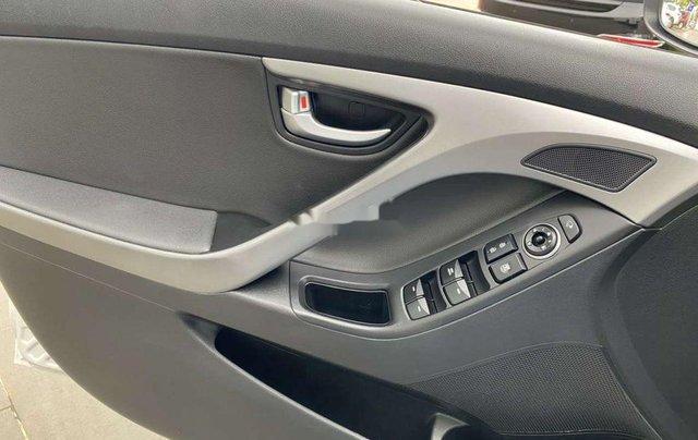 Cần bán lại xe Hyundai Elantra sản xuất 2015, nhập khẩu còn mới8