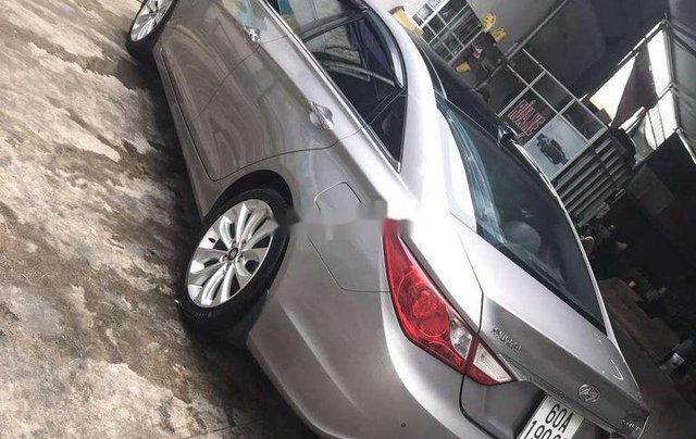Bán Hyundai Sonata năm sản xuất 2011 còn mới2