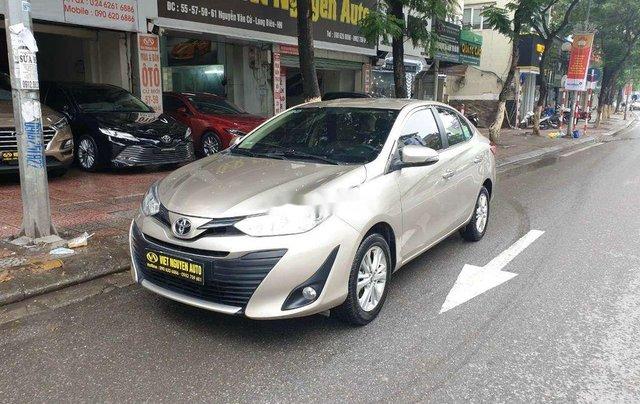 Cần bán Toyota Vios đời 2019, màu vàng cát1