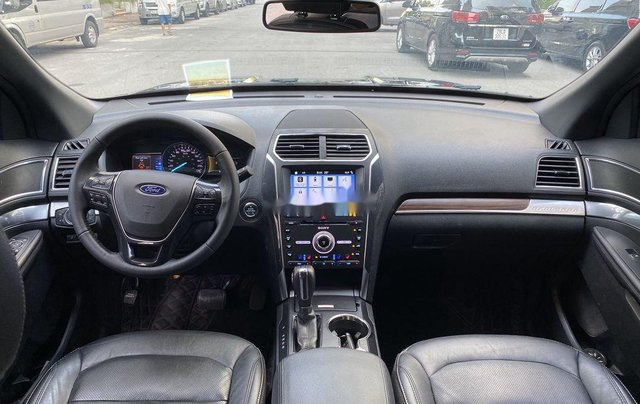 Cần bán gấp Ford Explorer Limited đời 2018, màu đen7