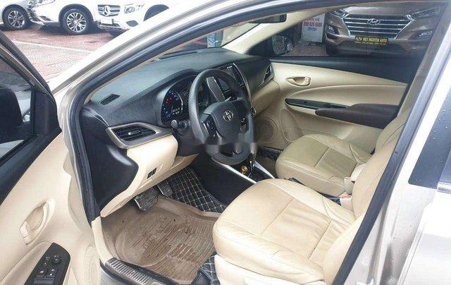 Cần bán Toyota Vios đời 2019, màu vàng cát9
