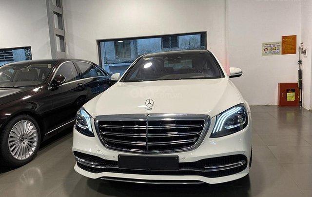 Bán xe Mercedes S450 Luxury sản xuất 2020, màu trắng, đi 2000km, mới 99%, giá cực rẻ1
