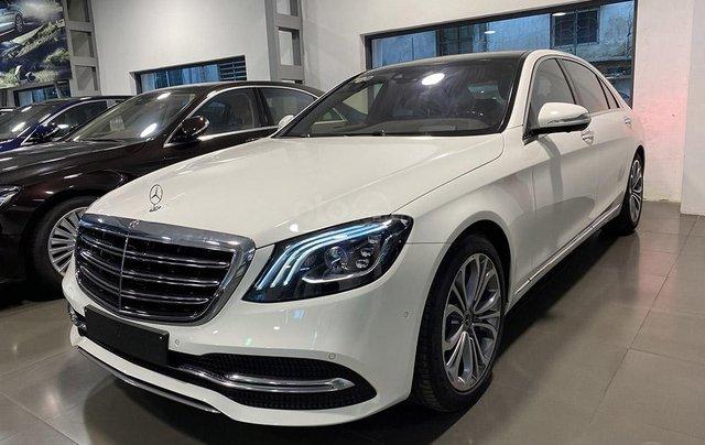 Bán xe Mercedes S450 Luxury sản xuất 2020, màu trắng, đi 2000km, mới 99%, giá cực rẻ2