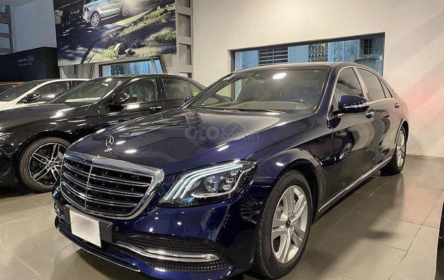 Bán xe Mercedes S450L màu xanh, nội thất nâu, đăng ký 2020, chạy 999 km, mới 99%, giá cực hợp lý2