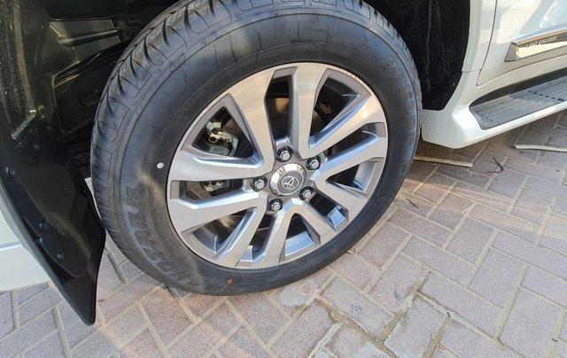 Bán Toyota Land Cruiser VXS 4.6L (Xăng) 2020 mới 100% giao ngay7