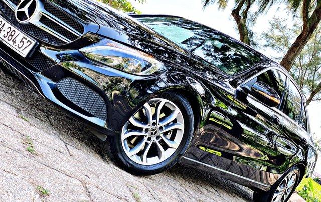 Cần bán Mercedes-Benz C200 SX 2018, màu đen3