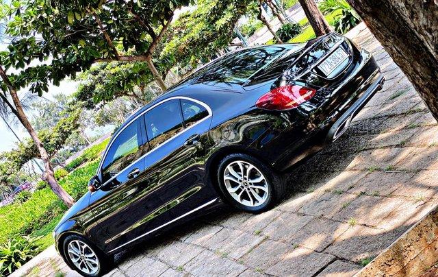 Cần bán Mercedes-Benz C200 SX 2018, màu đen7