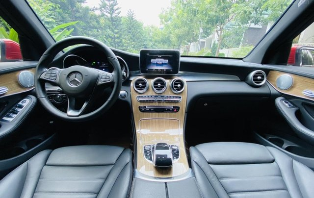 Mercedes-Benz GLC250 2019 siêu chất9