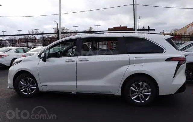 Bán xe Toyota Sienna Limited 2020 full option nhập Mỹ2