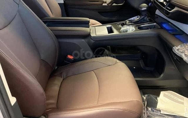 Bán xe Toyota Sienna Limited 2020 full option nhập Mỹ3