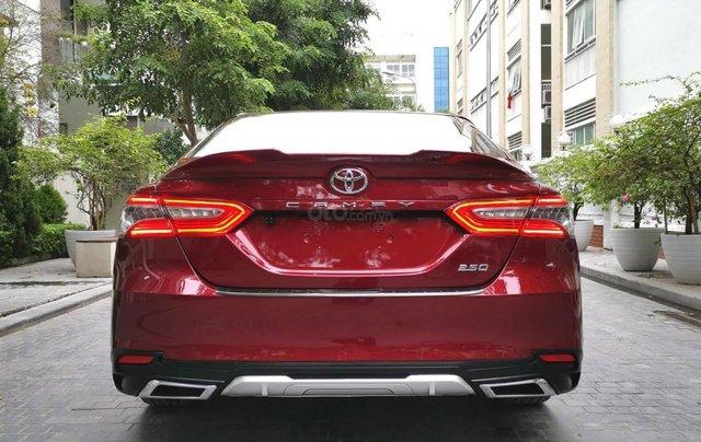 Bán Toyota Camry 2.5Q SX 2019, màu đỏ3