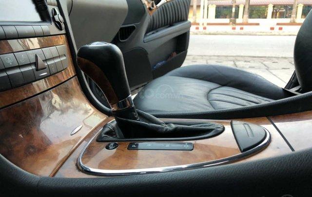 Bán xe Mercedes-Benz E280 SX 2008, màu đen3