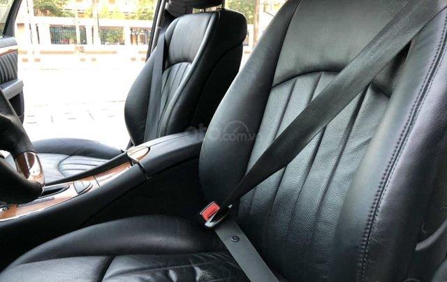 Bán xe Mercedes-Benz E280 SX 2008, màu đen4