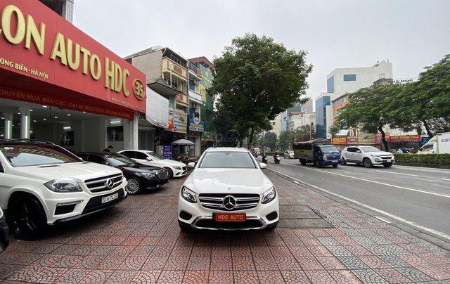Bán xe Mec GLC200 sản xuất cuối 2018 lên nhiều đồ cửa hit loa Bum xoay đi chuẩn 20.000km0
