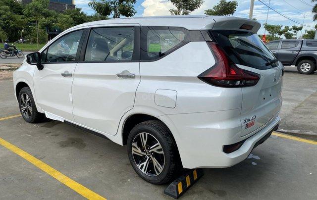 Mitsubishi Xpander giảm trước bạ tặng bảo hiểm3