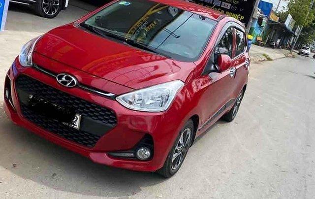 Bán Hyundai Grand i10 1.2 AT đời 2018, màu đỏ chính chủ0