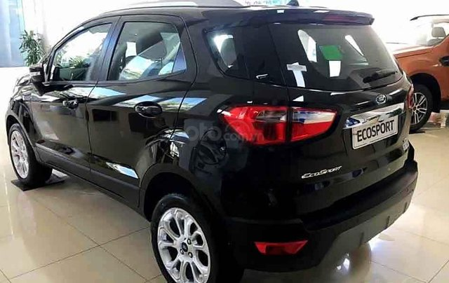 Cần bán xe Ford EcoSport sản xuất 2020, màu đen, giá mềm3