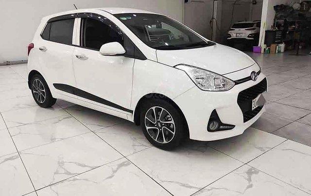 Cần bán gấp Hyundai Grand i10 1.2 MT sản xuất năm 2019, màu trắng, giá tốt0