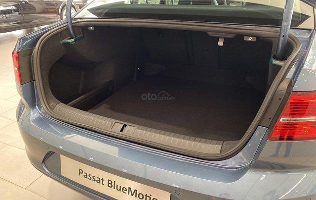 Volkswagen Passat Bluemotion màu xanh dương hiếm có - Giảm 12% - Giao xe ngay7