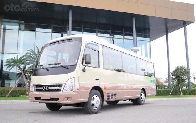 Xe Hyundai County 2019, giá bán 1 tỷ 360 triệu0