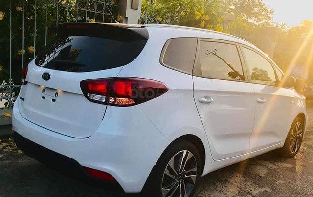 Một cặp Kia Rondo 2020 trắng Ngọc Trinh đang có sẵn, giao ngay tại Khánh Hòa, Ninh Thuận 3