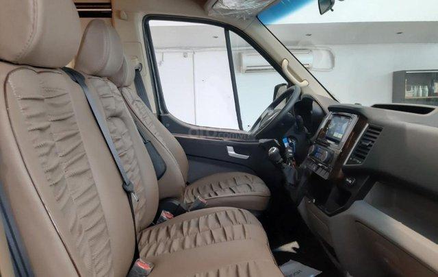 Xe Hyundai Solati Limousine 2019, giá 1 tỷ 469 triệu2