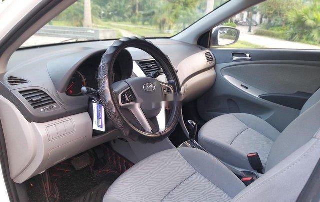 Cần bán Hyundai Accent đời 2014, màu trắng chính chủ7