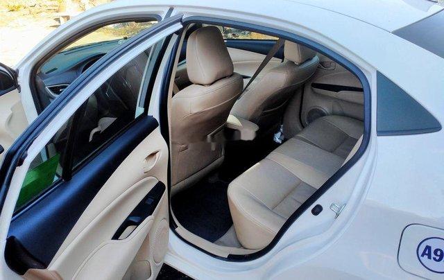 Cần bán Toyota Vios đời 2020, màu trắng1