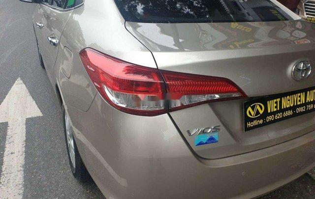 Cần bán Toyota Vios đời 2019, màu vàng cát2