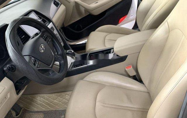 Bán Hyundai Sonata năm sản xuất 2016, màu trắng, nhập khẩu số tự động5