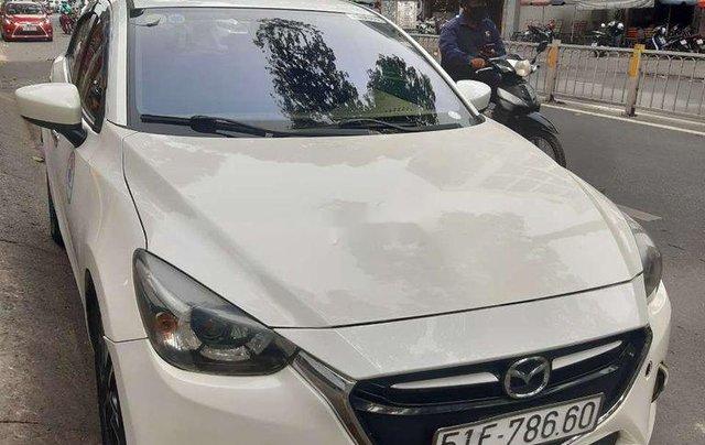 Chính chủ bán xe Mazda 2 sản xuất 2016, màu trắng2