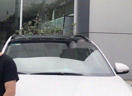 Cần bán lại xe Hyundai Tucson năm 2018, màu trắng chính chủ, 839tr