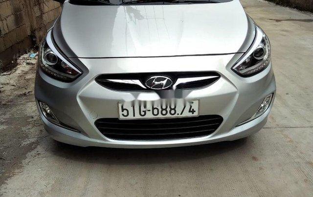 Cần bán Hyundai Accent đời 2014, màu bạc, xe nhập chính chủ0