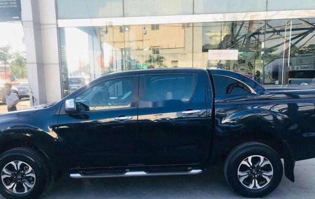 Chính chủ bán xe Mazda BT 50 năm 2017, màu đen, xe nhập 3