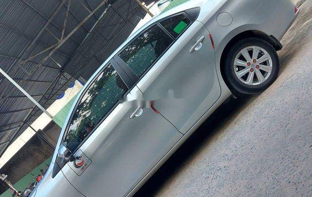 Bán Toyota Vios năm 2018, màu bạc như mới0