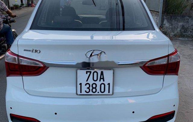 Bán Hyundai Grand i10 2017, màu trắng, nhập khẩu nguyên chiếc, giá 307tr1
