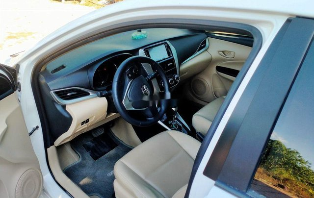 Cần bán Toyota Vios đời 2020, màu trắng2